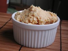 Lemon Ginger Hummus. It seems to be so easy, so I don't know why I still haven't made it. Maybe trying this one.