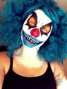 Halloween Clown Makeup Tutorial Halloween Clown Makeup Tutorial Source by babs… Halloween Clown Makeup Tutorial Halloween Clown Makeup Tutorial Quelle von babs Halloween Makeup Scary Clown Face, Clown Face Paint, Gruseliger Clown, Creepy Halloween Makeup, Clown Faces, Scary Faces, Scary Clowns, Halloween Looks, Evil Clown Makeup