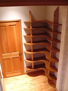 Wooded corner bookshelf