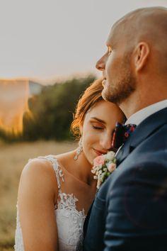 Wedding Portraits, Couple Photos, Couples, Wedding Dresses, Fashion, Couple Shots, Bride Dresses, Moda, Bridal Gowns
