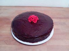 Triple-chocolate-creamcake. Melting inside
