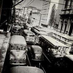 Rua Voluntários da Pátria na altura da Igreja de São João Batista. Anos 60