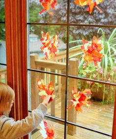 These fall leaf sun catchers are such a beautiful way to welcome autumn and my kids loved making them.