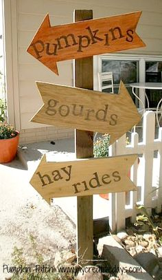 DIY Fall Sign For Yard (except I'm going to hang it in my stairwell)