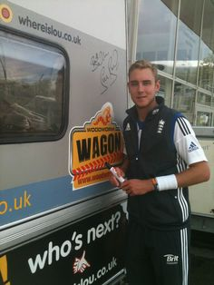 England star bowler Stuart Broad scribes his name down on Elvis, and pouts for the camera.