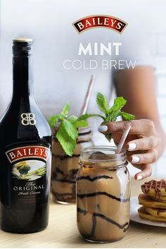 Fancy Drinks, Summer Drinks, Alcohol Drink Recipes, Coffee Recipes, Cocktail Recipes, Cocktails, Love Food, Alcoholic Drinks, Beverages