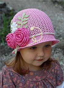 kapelusik dziecięcy na szydełku