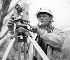 Find the best land surveyors in Chicago with the help of the pi surveying group. We have been serving in this regard since a decade, having hundreds of clients all over the country. Get in touch with our experts for Alta land title surveys in Chicago city.