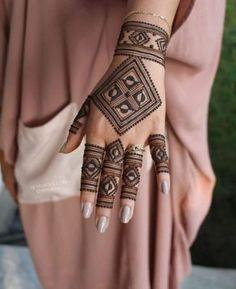 Mehandi Designs, Back Hand Mehndi Designs, Stylish Mehndi Designs, Mehndi Designs 2018, Mehndi Designs For Beginners, Mehndi Designs For Girls, Bridal Henna Designs, Mehndi Design Photos, Dulhan Mehndi Designs