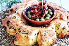 Made by Alessandro Cipriano A wonderful and tasty Portuguese olive bread with sun-dried tomatoes and Sagres beer. The scent of freshly baked bread, olives and tomatoes makes you dream. Especially in this difficult time of Covid-19, when you cannot travel, you should bring the distant fragrances into your home. I created this recipe, I am […] Olive Bread, Fresh Thyme, Dried Tomatoes, Dry Yeast, Sun Dried, Freshly Baked, Bread Baking, Olives