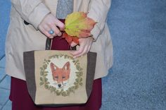 Fox bag in autumn weather Fox Bag, Straw Bag, Weather, Romantic, Autumn, Bags, Handbags, Fall, Dime Bags