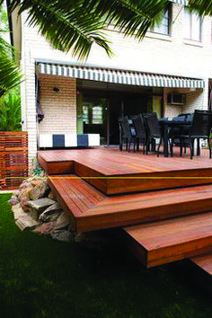 The large wide floating steps. The large wide floating steps. The post Multi-level Deck Design. The large wide floating steps. 2019 appeared first on Deck ideas. Deck Steps, Outdoor Steps, Pergola Patio, Backyard Patio, Pergola Kits, Backyard Landscaping, Floating Deck Plans, Platform Deck, Timber Deck