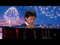 "Shuan Hern Lee ""Flight of the Bumblebee"" Child Piano Prodigy on Australia's Got Talent 2010................All i got to say is WOW!!!!"