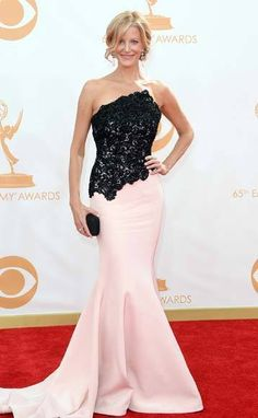 'Breaking Bad's' Anna Gunn on 2013 Emmys Red Carpet
