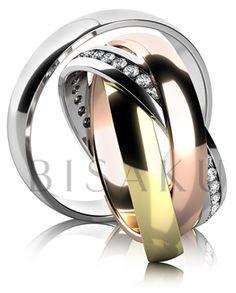 K37 Fascinující snubní prsteny, u kterých je dámský tvořen třemi volně spojenými kroužky, z nichž se každý vyznačuje vlastním charakterem, vzbuzujícím touhu po variabilitě a pohybu - ano dámský prsten je zcela pohyblivý, tudíž po nasazení vypadá pokaždé jinak. Pánský prsten je jednoduchý a lesklý. #bisaku #wedding #rings #engagement #svatba #snubni #prsteny
