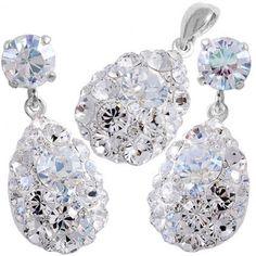 set bijuterii mireasa cu cristale http://www.bijuteriifrumoase.ro/cumpara/bijuterii-mireasa-angelina-chaton-34-18-gl-surub-1714