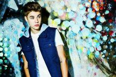Justin bieber (: he is Soooo fine!