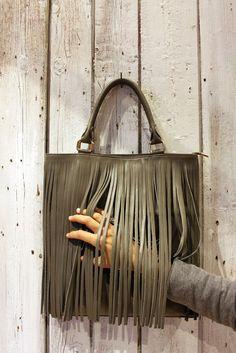 "Handmade Italian Dark Green Leather Fringe Bag  ""NEW FRINGE  BAG"" di LaSellerieLimited su Etsy"