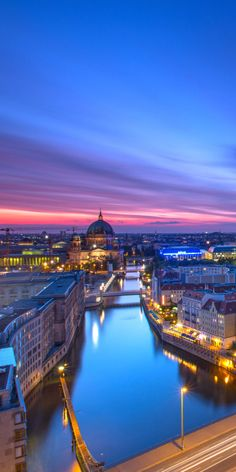 Read this first if you want to travel to Europe and visit one of the most beautiful places. Top 7 Places to See in Europe Before You Die Beautiful Park, Beautiful Sites, Beautiful Beaches, Beautiful People, Vacation Places, Places To Travel, Travel Destinations, Great Places, Places To See