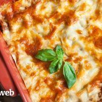 Het recept van deze originele italiaanse lasagna kreeg ik ooit van een italiaanse collega, ik heb 'm zelfs in een restaurant nooit zo lekker gekregen! Heb...