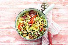 Courgettespaghetti met chorizo en paddenstoelen - Recept - Allerhande