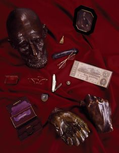 Abraham Lincoln bronze life mask and hands and the contents of his pockets the night he died in 1865, kept at Ford's Theatre, Washington, D.C.  Photographer Carol M. Highsmith's America, Library of Congress, Prints and Photographs Division.