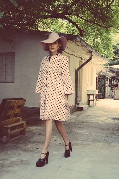 Gabriela A. Dream Life, Personal Style, Stylists, Classy, My Style, Coat, Sweet, Red, Clothes