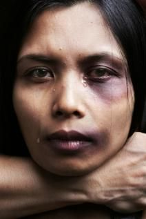 Lavonya Reeves talks about why women stay in abusive relationships http://loop21.com/life/domestic-violence-why-women-stay #DomesticViolence