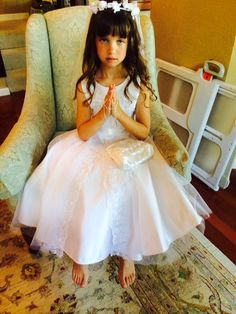 Delicate accessories for First Communion.