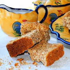 I just love rusks! Most of you probably won't know what a rusk is. The Wikipedia definition for a rusk is a hard, dry, biscuit or a twice b. South African Dishes, South African Recipes, Rusk Recipe, Pizza Bake, No Bake Desserts, No Bake Cake, Love Food, Cooking Recipes, Treats