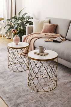 Inspirational ideas about Interior Interior Design and Home Decorating Style for Living Room Bedroom Kitchen and the entire home. Curated selection of home decor products. Table For Small Space, Cozy Living Rooms, Home Decor Kitchen, Bedroom Decor, Cozy Bedroom, Interior Design, Open Space, Minimal Chic, Beautiful Interiors
