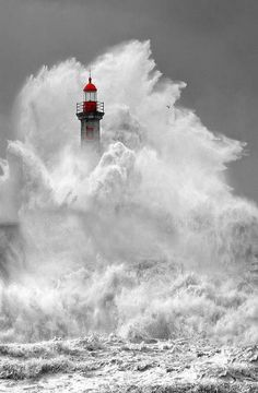 Rough seas but the lighthouse stands!!