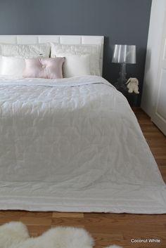 Kiiltävät petausmateriaalit #Makuuhuone #petaus