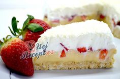 Cake with condensed milk cream, strawberries and whipped cream without baking Top Recipes, Cooking Recipes, Condensed Milk Cake, German Cake, Best Coffee, Cheesecake Recipes, Coffee Cake, No Bake Cake, Whipped Cream