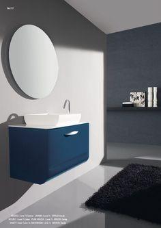 Meubel met greep, leverbaar met verschillende spiegels en aanvullingen #exclusief #curve #gelakt #meubel #badkamer