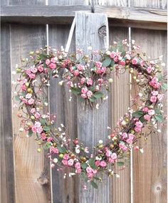 Here are the Rose Valentine Heart Decor Wreath. This article about Rose Valentine Heart Decor Wreath was posted under the … Decoration Shabby, Shabby Chic Decor, Rustic Decor, Deco Floral, Valentine Wreath, Valentine Heart, Door Wreaths, Grapevine Wreath, Ornament Wreath