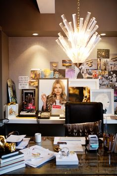 The Decorista-Domestic Bliss: office space of the day...COVERGIRL Jennifer Fisher