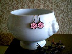 $12 Very Sweet Rosebud Earrings from Victorian Swag