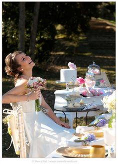 Inspiration Romantic Love. Coordination: Sweet Magical Moments. Photos by Sweet Events. This is bliss! Romantic bride having fun. Gorgeous tabletop.