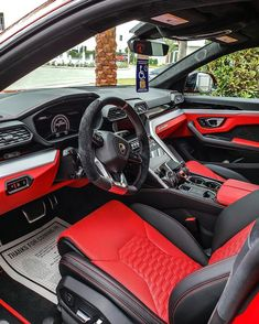 List Of Luxury Cars, Best Luxury Cars, Range Rover Sport Black, Lambo Truck, Pimped Out Cars, Carros Suv, Inside Car, Lux Cars, Car Gadgets