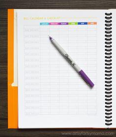 Free Printable Budget Planner at artsyfartsymama.com