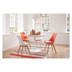 The Lance 4 seater oak veneer round dining table is the perfect addition to any small kitchen or dining space. Buy now at Habitat UK. White Round Dining Table, White Dining Chairs, Metal Dining Table, Oak Table, Small Dining, Dining Chair Set, Dining Room Table, Dining Sets, Kitchen Chairs