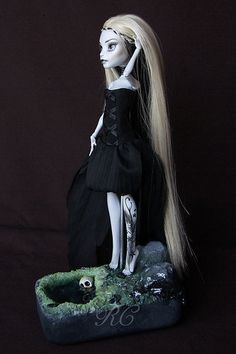 ♥ WITCH OF THE MOOR♥ OOAK custom repaint Monster High doll Cam wolf Mattel by…