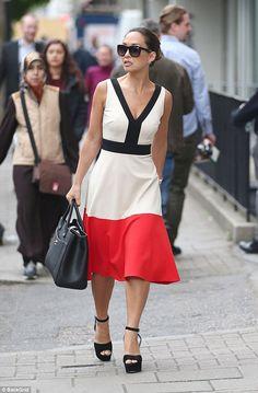 Chic Myleene Klass enjoys a spot of shopping in London a7ee6310a