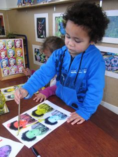 Mairtown Kindergarten: Mixed media art