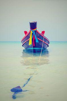 Boat | ボート | Bateau | лодка | Barca | Barco | Sailing | Navegación | セーリング | Départ | парусник | Vela | The boat by Taisen Lin
