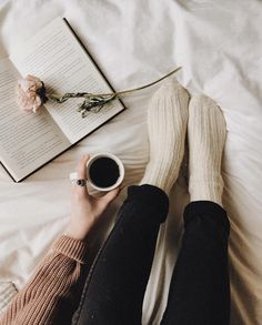 What is your perfect reading setting? - I love reading when it's raining or snowing outside, sitting on the couch (I love reading in bed,… Reading In Bed, I Love Reading, Coffee Reading, Selfies, Socks Outfit, Girls In Bed, Bed Photos, Coffee And Books, Coffee Coffee