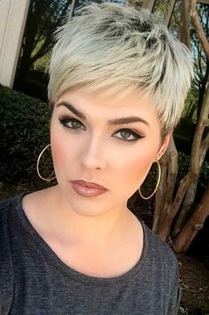 Pixie Haircuts For Busy Mornings Blonde Color #pixiehairstyles #pixiecut #shorthair #hairstyles #blondehair