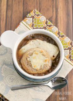 This rich and flavorful Slow Cooker French Onion Soup simmers away all day in your slow cooker. Crock Pot Slow Cooker, Slow Cooker Recipes, Crockpot Recipes, Cooking Recipes, Chowder Recipes, Soup Recipes, Vegan Recipes, My Favorite Food, Favorite Recipes