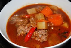Vietnamese beef stew: French style, Vietnamese flavors. Perfect for cold weather.